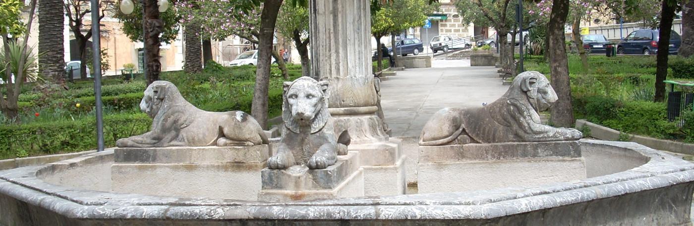 Fontana dei Quattro Leoni